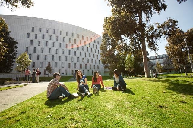 Deakin-university