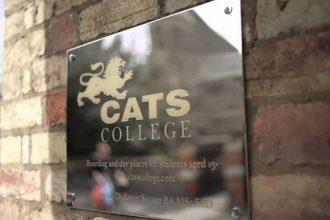 GCSE-quoc-te-tai-CATS-college-anh