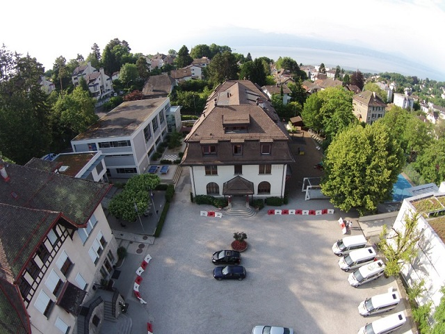 Ecole-Nouvelle-de-Suisse-Romande-Batiment_