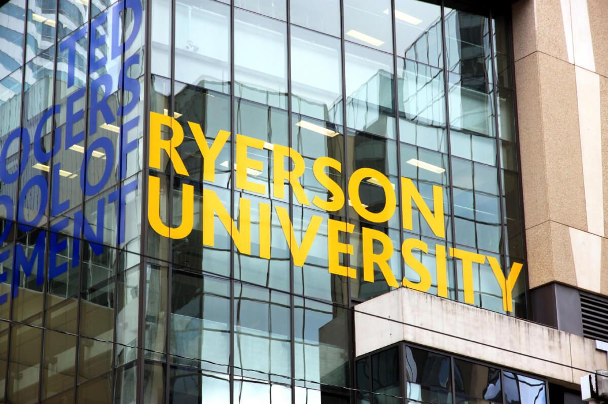 dai-hoc-ryerson-3